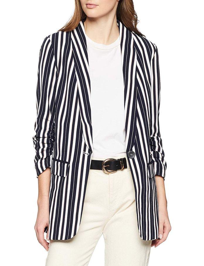 ClioMakeUp-look-universita-17-blazer-righe