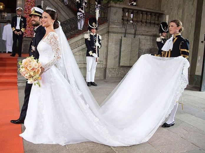 cliomakeup-abiti-sposa-principesse-18-Sofia-Hellqvist-strascico