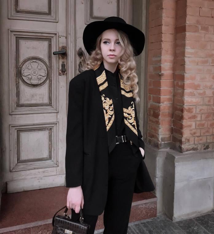 cliomakeup-amanti-nero-8-foulard