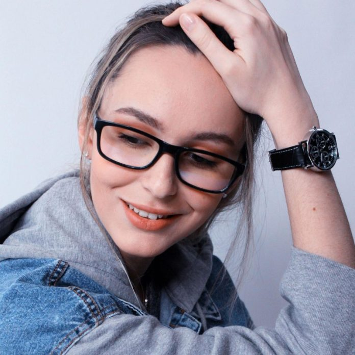 cliomakeup-occhiali-vista-autunno-2019-16-occhiali-rettangolari