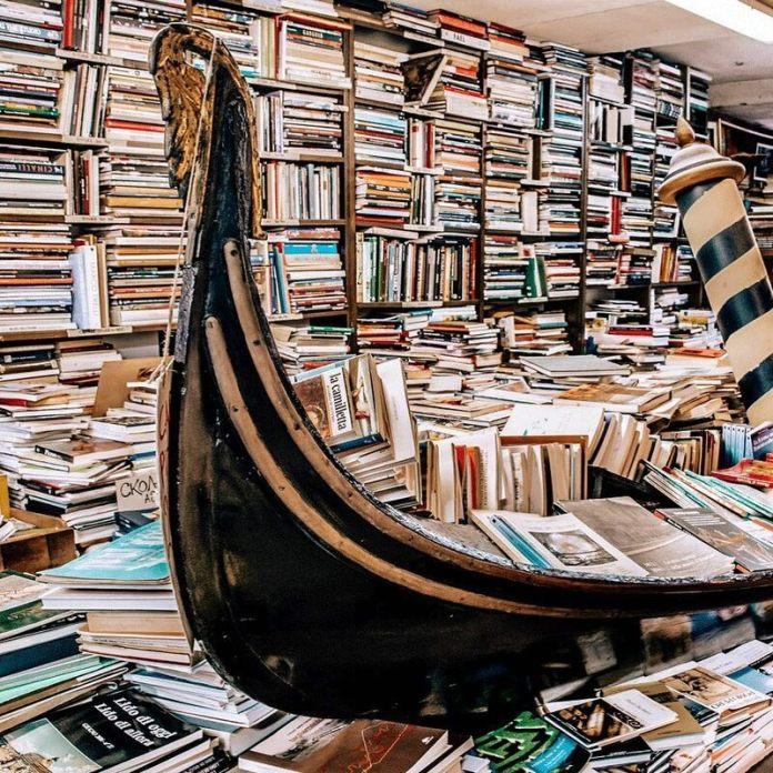 Viaggio a Venezia: La Libreria Acqua Alta