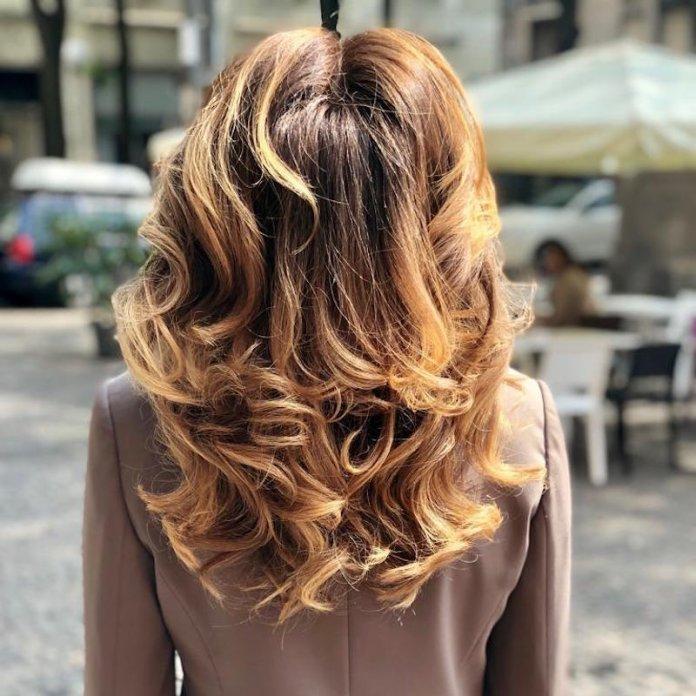 ClioMakeUp-profumi-capelli-17-zacparrucchieri.jpg