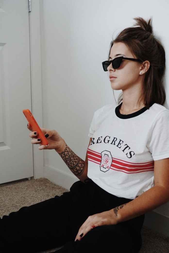 cliomakeup-t-shirt-donna-autunno-2019-2-scritte