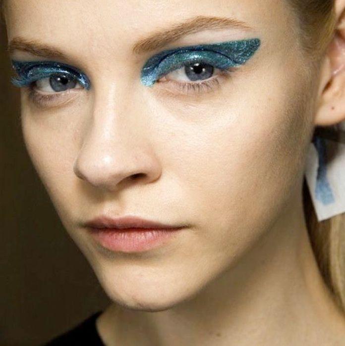 cliomakeup-regali-natale-beauty-lowcost-teamclio-glitter-blu-9