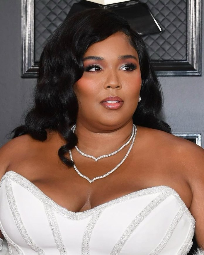 cliomakeup-grammy-2020-look-star-3-trucco-lizzo