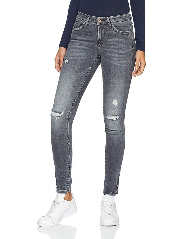 Cliomakeup-pantaloni-strappati-1-only-strappo-ginocchia