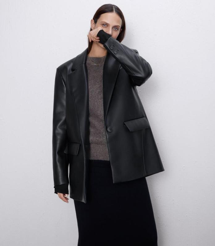 cliomakeup-blazer-oversize-2020-9-zara-pelle
