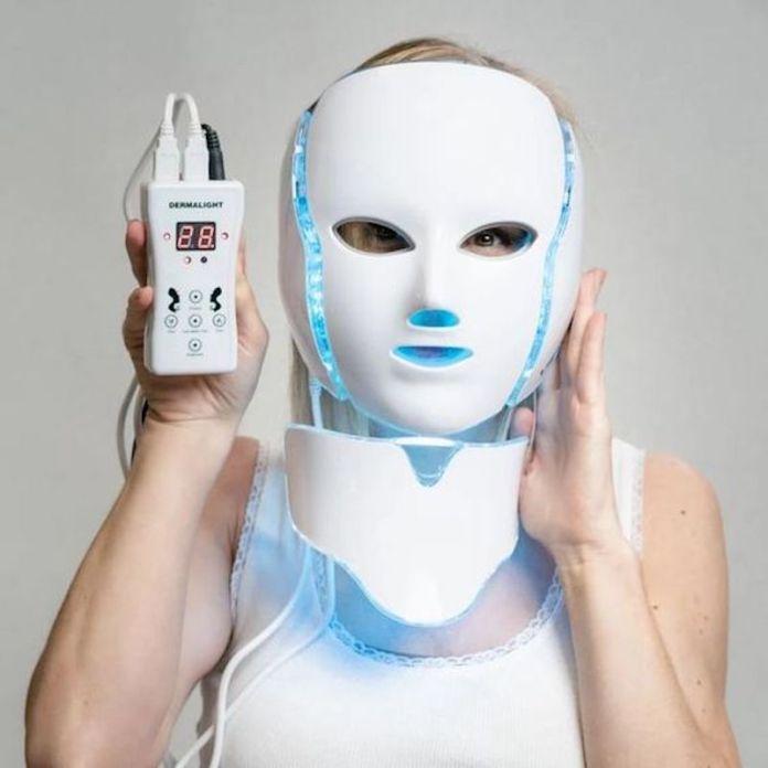 cliomakeup-maschere-led-per-skincare-8-blu-acne