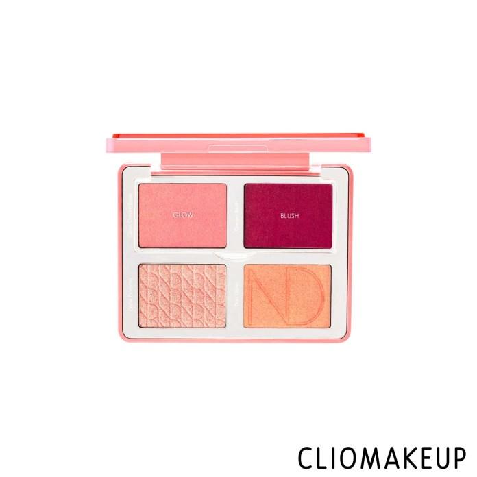 cliomakeup-recensione-palette-viso-natasha-denona-bloom-blush-e-glow-palette-3