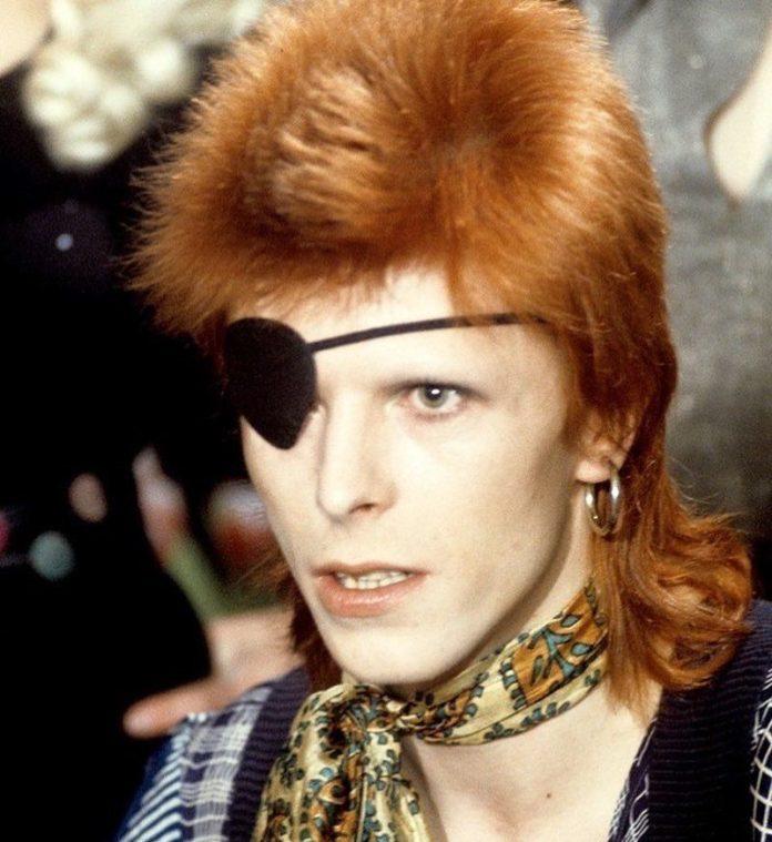Taglio capelli mullet: l'hairstyle scalato anni '70 che ha ...