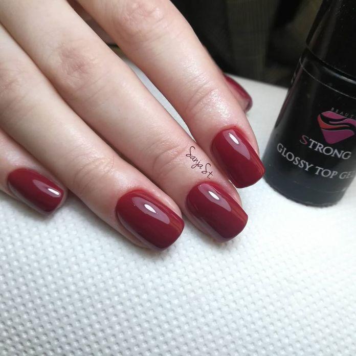 Cliomakeup-unghie-rosso-cherry-pie-colore