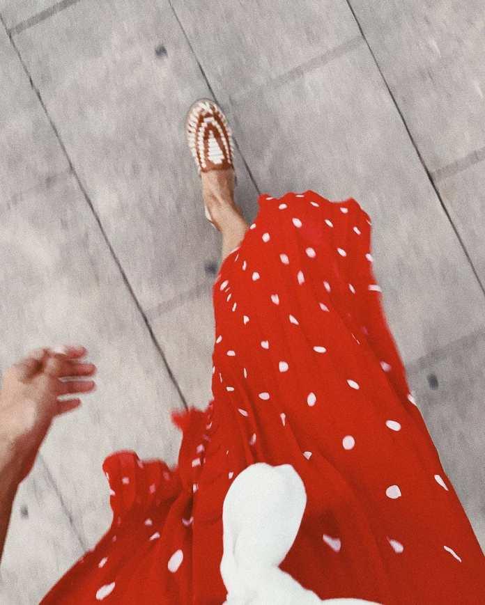 Cliomakeup-quali-scarpe-abbinare-vestito-lungo-8-find-scarpe-basse