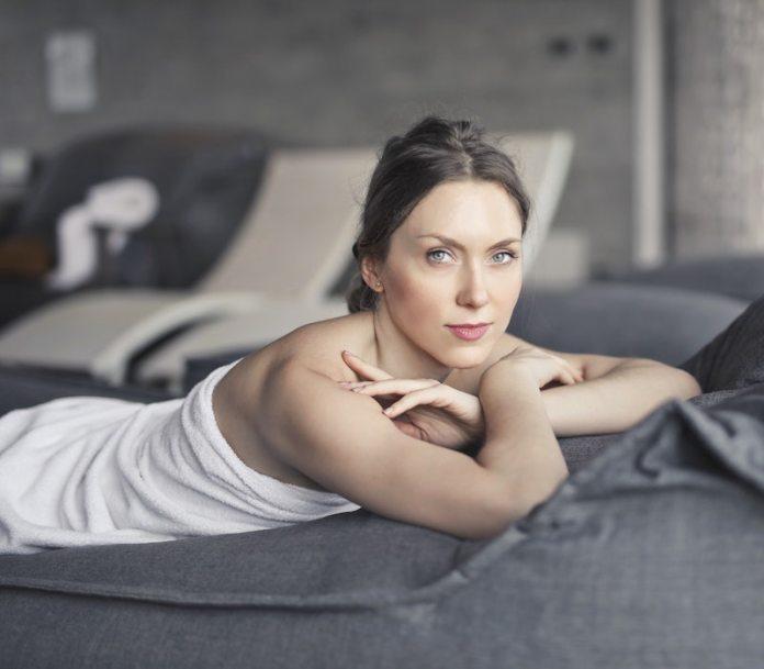 cliomakeup-massaggio-rilassante-a-casa-teamclio-1