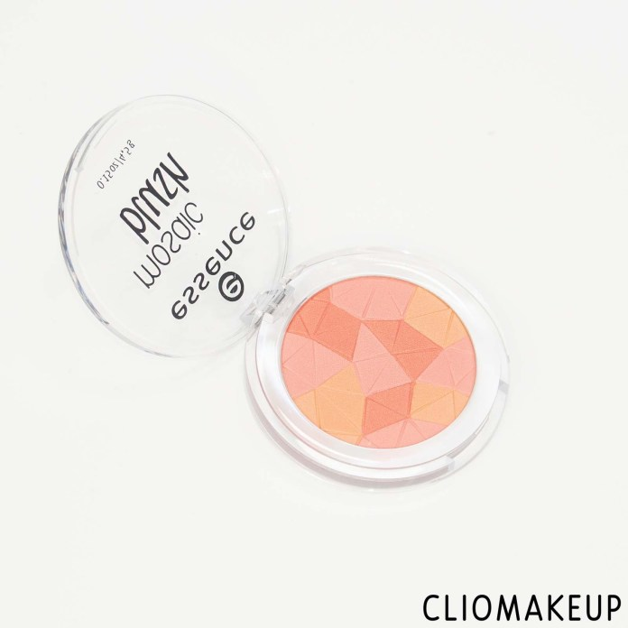 cliomakeup-recensione-blush-essence-mosaic-blush-5