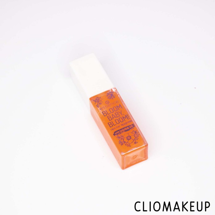cliomakeup-recensione-gloss-essence-bloom-baby-bloom-lipgloss-2