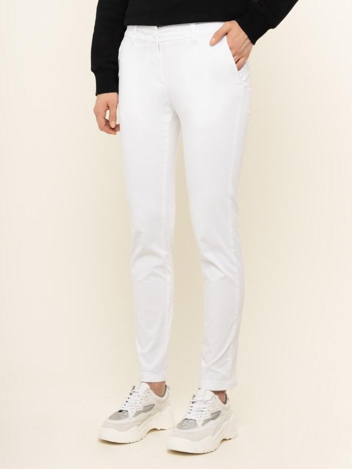 Cliomakeup-pantaloni-bianchi-2020-4-napapiri