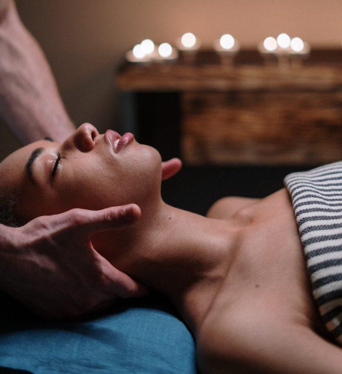 cliomakeup-massaggio-linfodrenante-teamclio-4