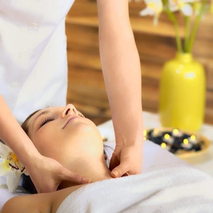 cliomakeup-massaggio-linfodrenante-teamclio-6