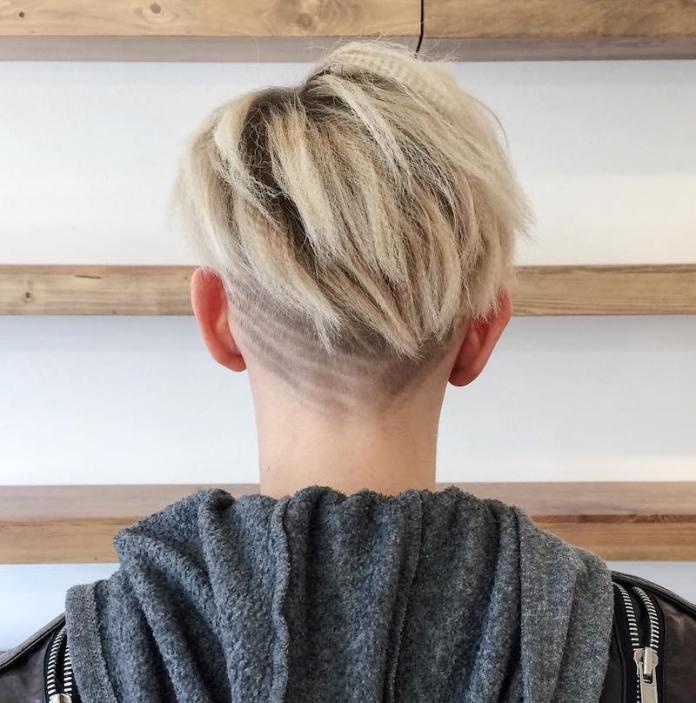 cliomakeup-capelli-frise-teamclio-pixie