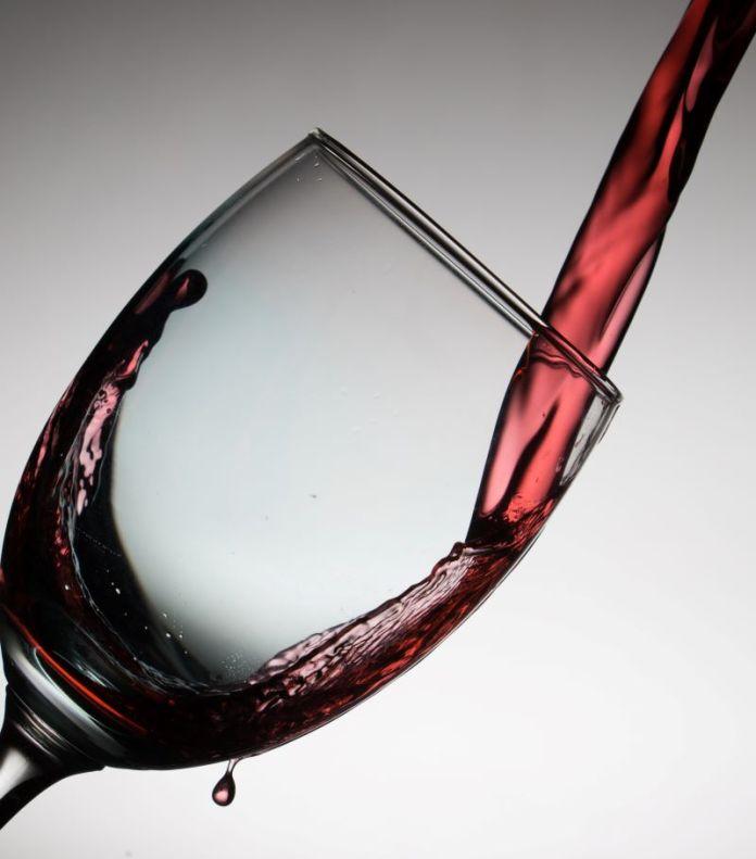 Cliomakeup-alcol-13-vino