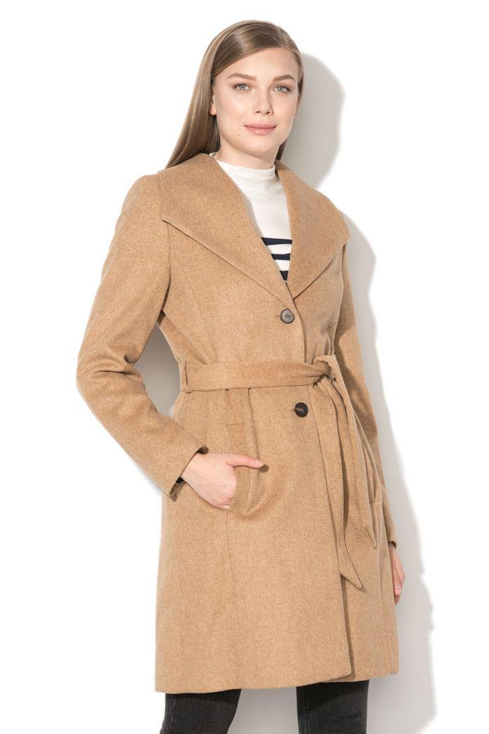 Cliomakeup-cappotto-cammello-autunno-inverno-2020-2021-3-esprit-cappotto-cintura