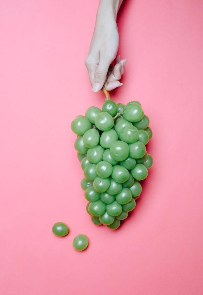 Cliomakeup-dieta-equilibrata-6-uva