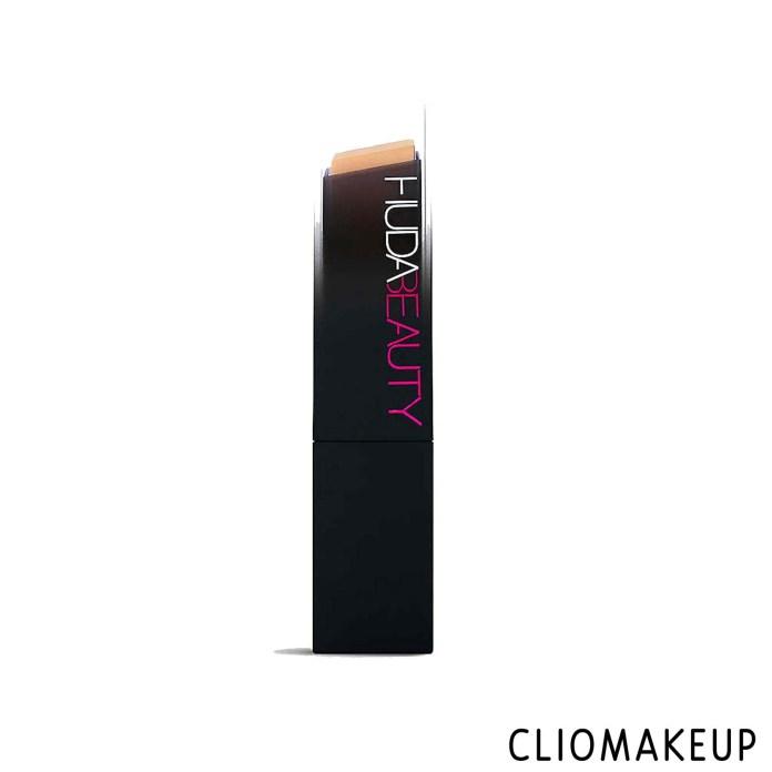 cliomakeup-recensione-fondotinta-huda-beauty-#fauxfilter-skin-finish-1