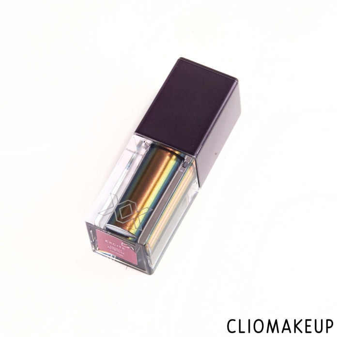cliomakeup-recensione-ombretto-xx-revolution-xxcharged-duo-chrome-eyeshadow-4