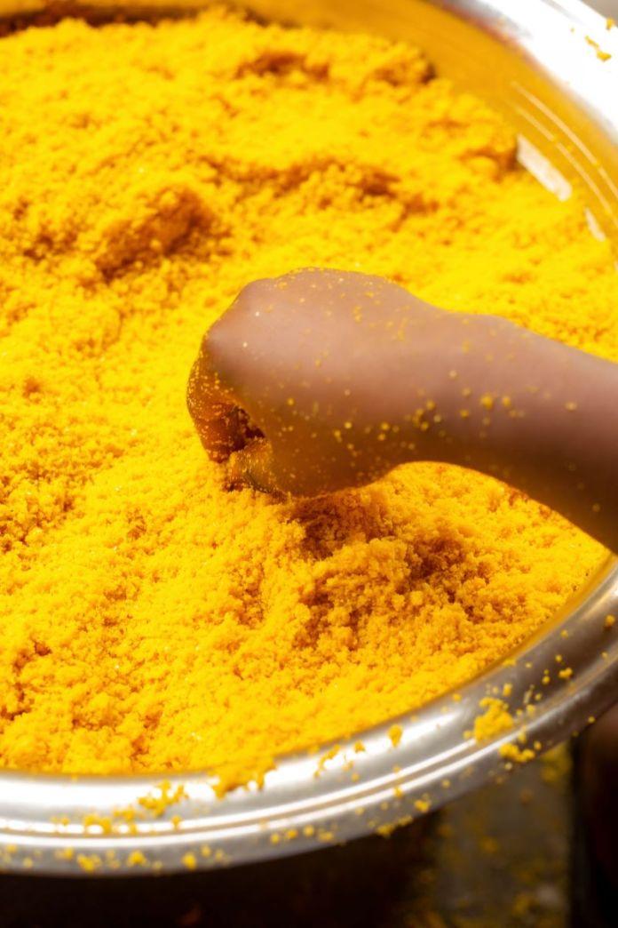 Cliomakeup-curcuma-3-giallo