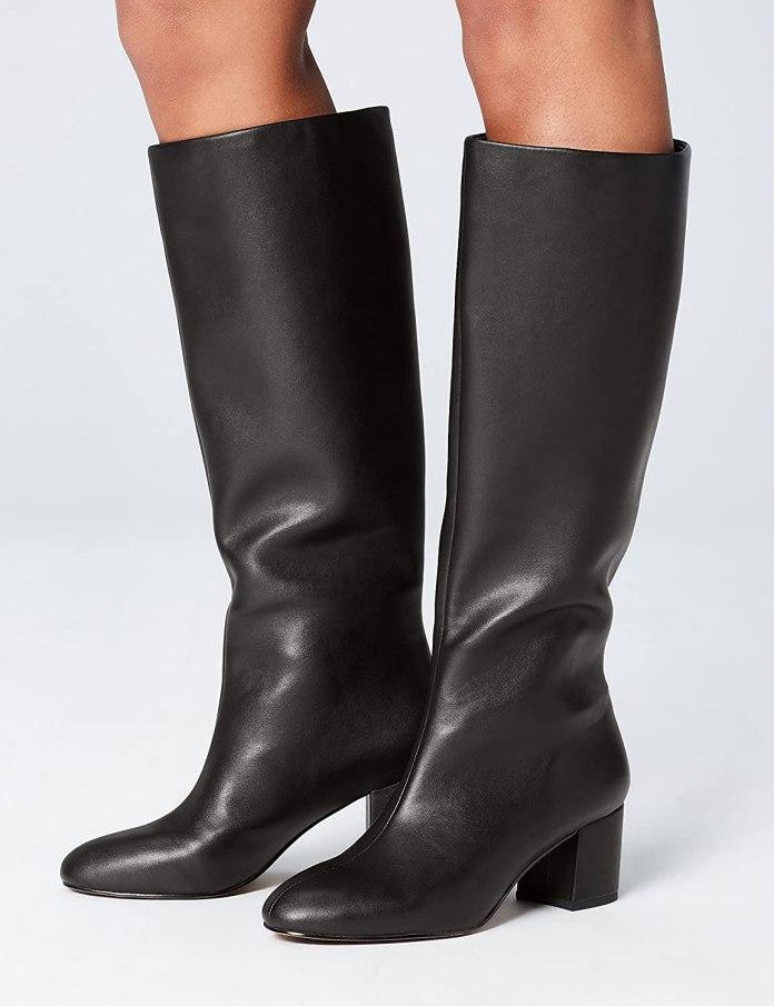 Cliomakeup-saldi-scarpe-eleganti-inverno-2021-10-find-stivali-neri-ginocchio