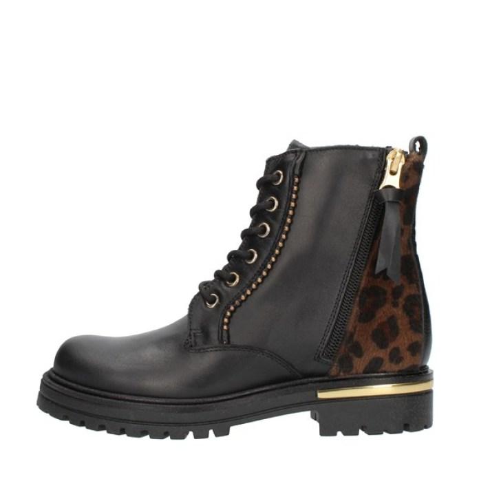 Cliomakeup-scarpe-casual-saldi-invernali-2021-16-nero-giardini-anfibi-animalier