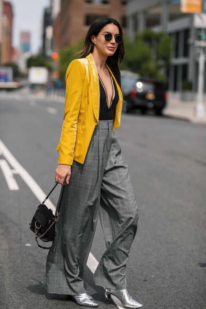 cliomakeup-Moda-Colori-Pantone-2021-11-look-blazer