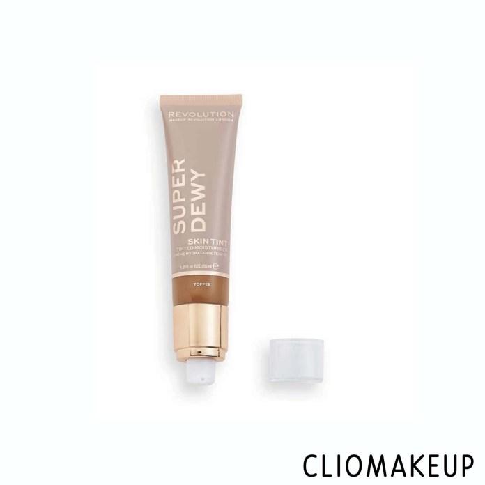cliomakeup-recensione-fondotinta-makeup-revolution-super-dewy-skin-tinted-moisturizer-1