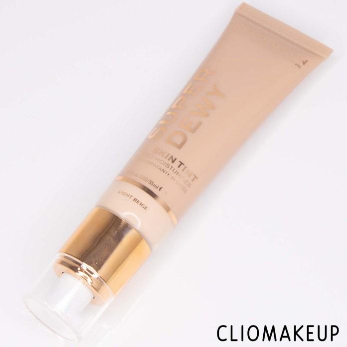 cliomakeup-recensione-fondotinta-makeup-revolution-super-dewy-skin-tinted-moisturizer-4