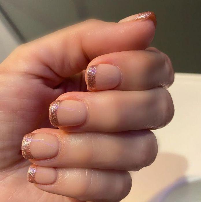 cliomakeup-unghie-glitter-rose-gold-teamclio-5