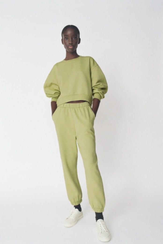 Cliomakeup-pantaloni-jogger-inverno-2021-25-zara-verde-mela
