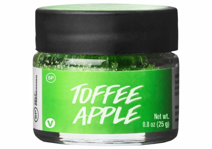 cliomakeup-top-gennaio-2021-10-lush-toffee-apple-lip-scrub