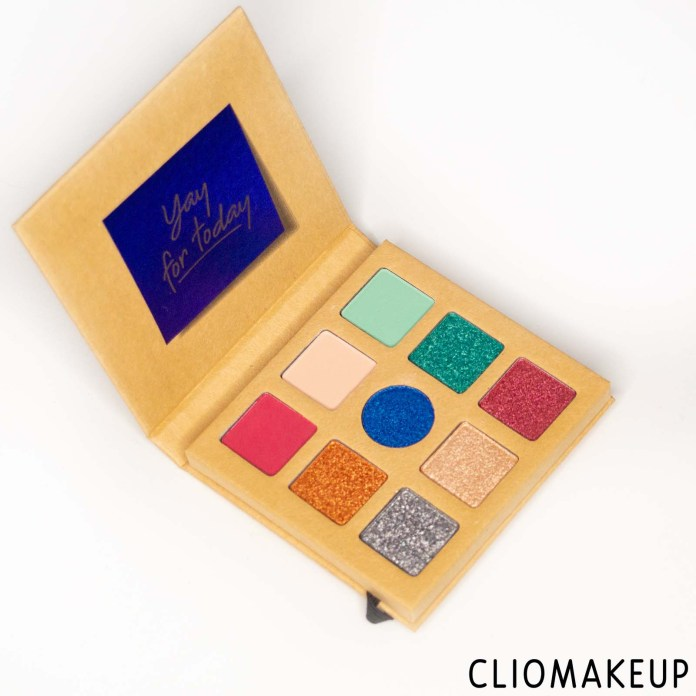 cliomakeup-recensione-palette-essence-daily-dose-of-power-eyeshadow-palette-3