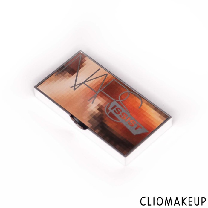 cliomakeup-recensione-palette-nars-wanted-mini-eyeshadow-palette-3