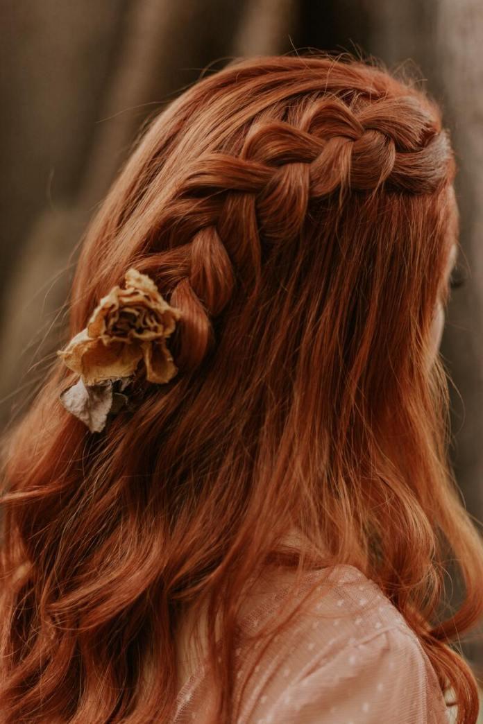 cliomakeup-capelli-lucenti-brillanti-lunghi