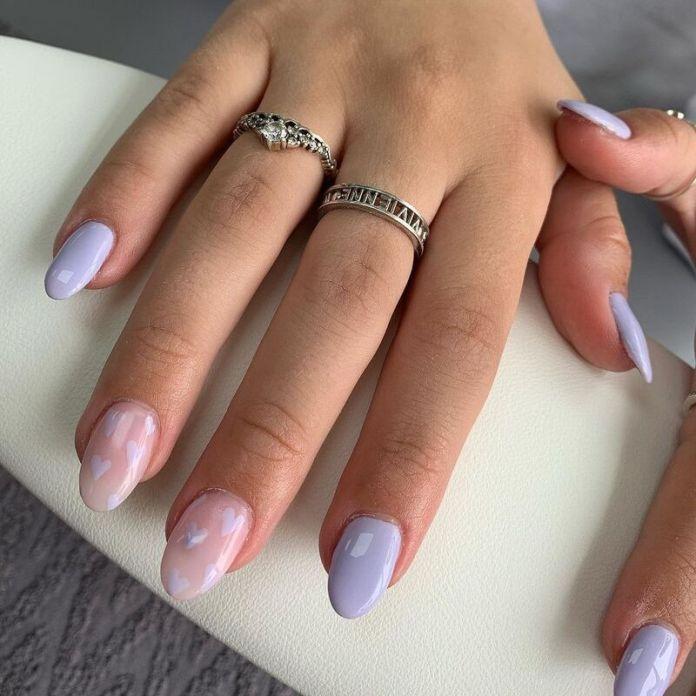 cliomakeup-colori-unghie-primavera-estate-2021-lilla-nail-art