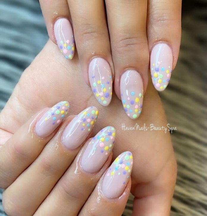 cliomakeup-colori-unghie-primavera-estate-2021-pastel-nail-art