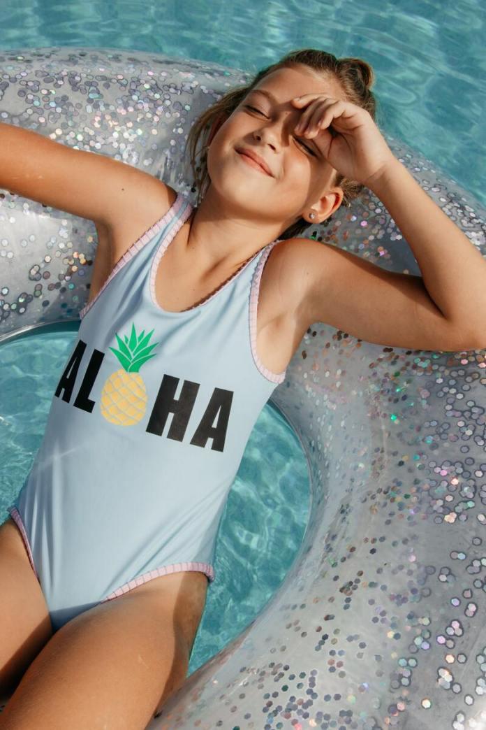 cliomakeup-creme-solari-2021-per-bambini-piscina