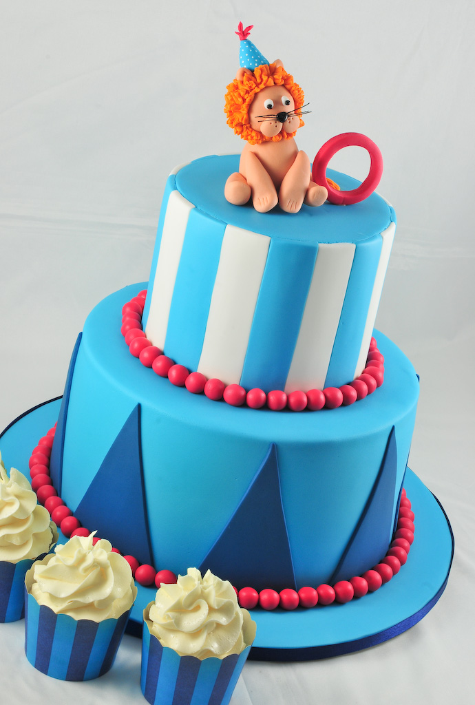 Pin Ps Be A Graduation Cake Where Dinosaurs Come Kids Cake On Clip