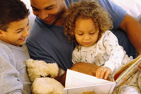 5 Benefits of Reading to Children | Wishing Well
