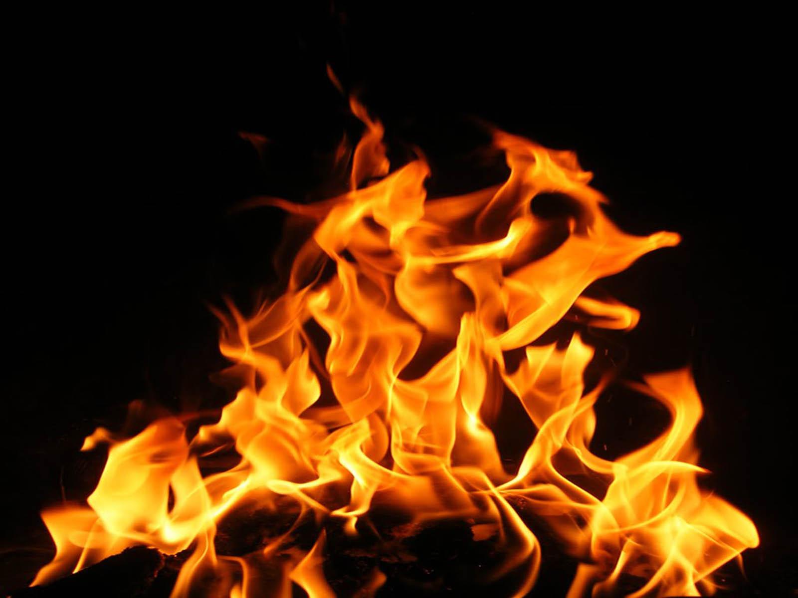 wallpaper fire flames clip