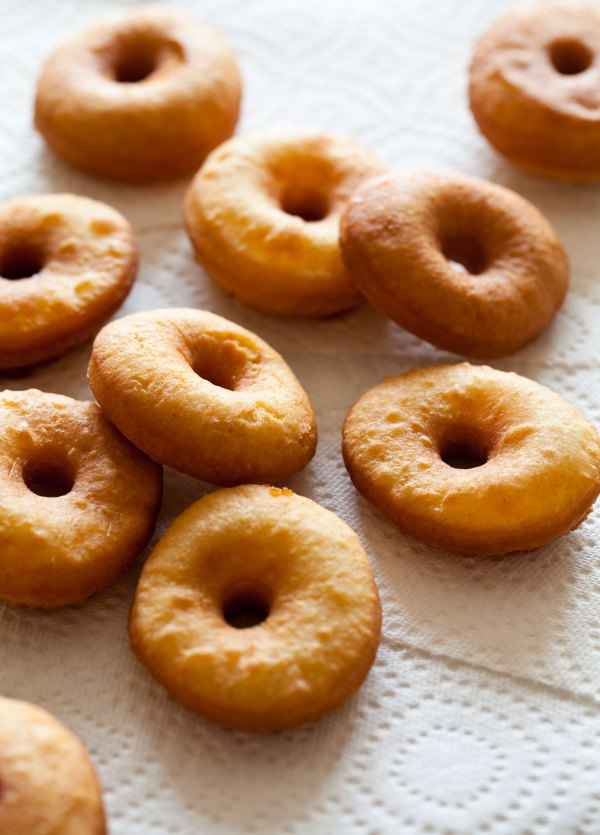 Yeast Cake Doughnuts Doughnut Recipe Spoon Fork Bacon