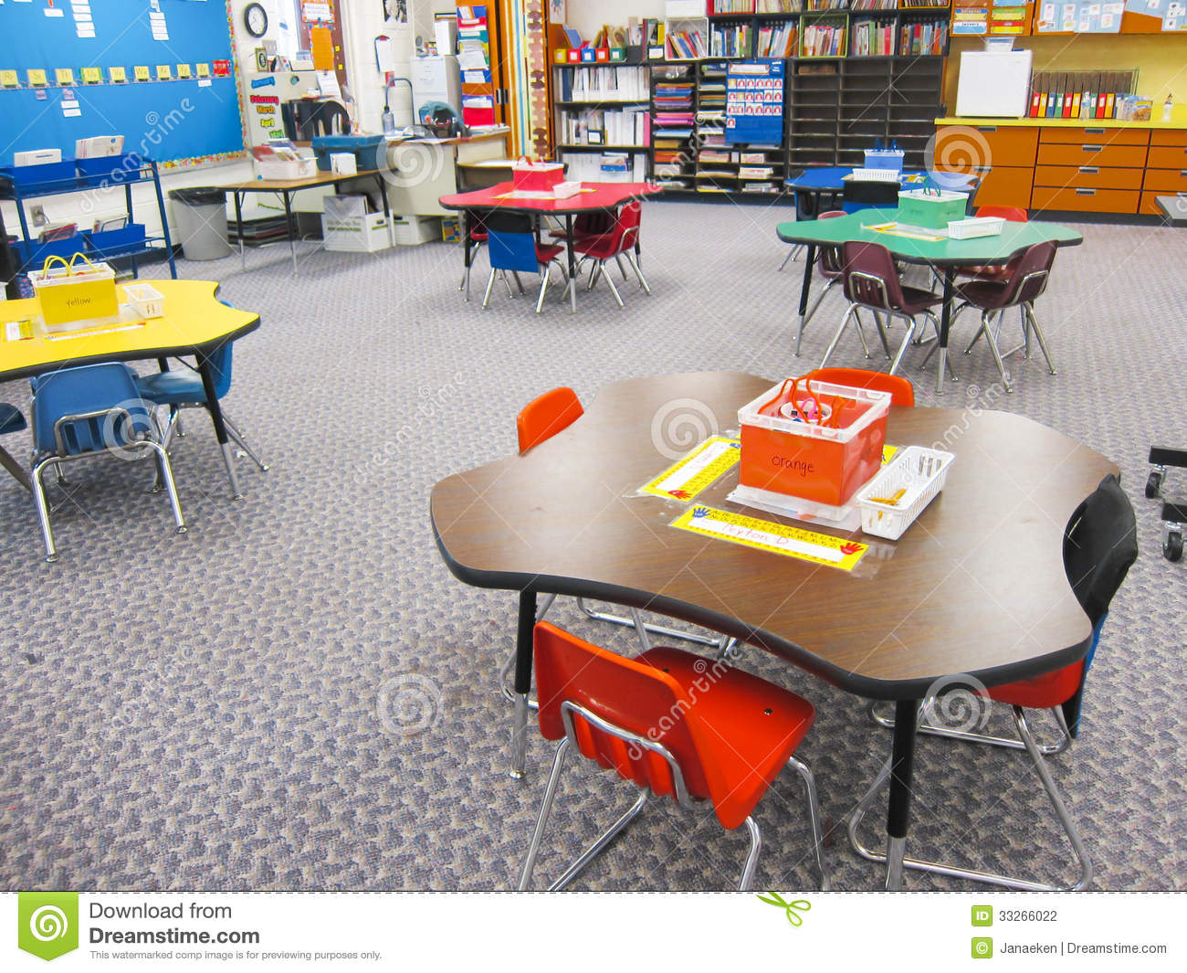 classroom brown rectangle table with 6 chairs clipart