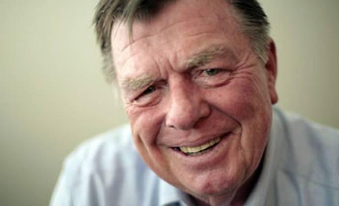 McClatchy columnist Joseph L. Galloway. (Chuck Kennedy/MCT) MCT