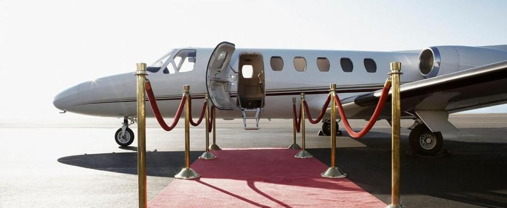 Private jets will be bringing some delegates to the climate conference. - Copyright Getty/Jupiterimages